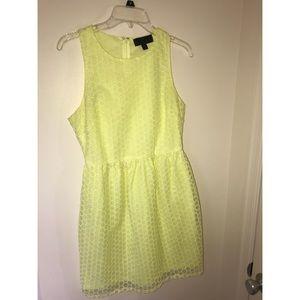 Fun, vibrant yellow dress!